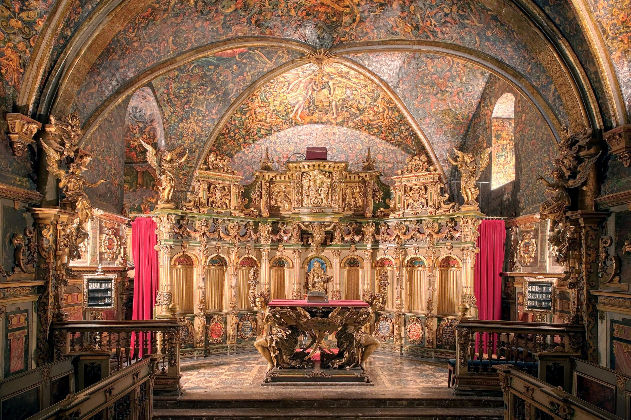3185C 3195C Schlosskapelle Bueckeburg HDR scaled